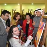 نقاشان معلول ایرانی آثارشان را به کویت بردند