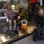 ساخت مانکن برای افراد معلول +عکس